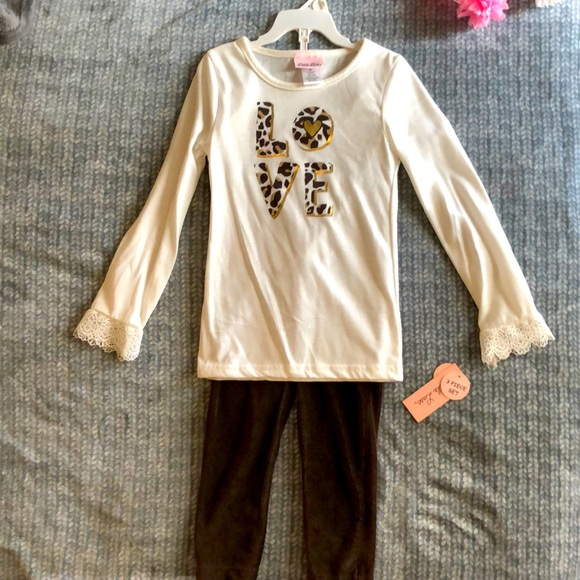 Girls size 6x 2 piece outfit set